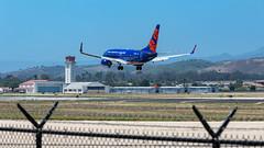 Sun Country 737 Landing at SBA (beltz6) Tags: n711sy boeing 737 boeing737 avgeek sba ksba 737700 boeing737700 suncountry suncountryairlines santabarbara santabarbaraairport
