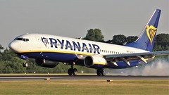 EI-DLX (AnDyMHoLdEn) Tags: ryanair 737 egcc airport manchester manchesterairport 05r