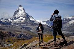 Matterhorn - Zermatt (Massimo Frasson) Tags: kodak kodakelitechromeextracolor svizzera suisse schweiz switzerland confederazionesvizzera confederazioneelvetica cantonvallese distrettodivisp zermatt ferroviadelgornergrat gornergratbahn gornergrat ghiacciaio montagna monti neve vette cielo roccia panorama landscape cervino cervin matterhorn escursionista trekking