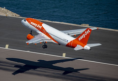 G-EZFT Airbus A319-111 GIB-BRS (IanMackie) Tags: easyjet airbus aircraft commercialairliner gibraltar gib lxgb