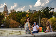 _MG_1790 (Mikhail Lukyanov) Tags: russia moscow autumn trees foliage sky clouds family woman girls mother daughters