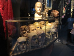 Mannequin Heads Store Window Display Bergdorf Goodman 0765 (Brechtbug) Tags: 2019 nice selection vintage male mannequin heads display windows bergdorf goodman department store window nyc 5th ave 58th street fifth avenue fifty eighth st midtown manhattan september 10th tenth 09102019 halloween like spooky fashion