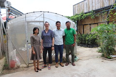 Cambodia-dawson-02 (963) (Horticulture Innovation Lab) Tags: cambodia phnompenh photobybrendadawson legrand ucdavis royaluniversityofagriculture naturalagriculturevillage bunsieng karen groupshot bsieng