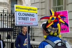 Outside Downing St... (Patrick_Down) Tags: london england uk downingst whitehall protestor clowningst sw1