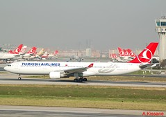 TURKISH AIRLINES A330 TC-JNG (Adrian.Kissane) Tags: airline airliner jet plane airbus aircraft aeroplane turkey runway departing airport sky outdoors 504 942018 a330 tcjng ataturk istanbul turkish