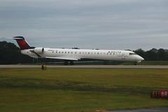 Delta N908XJ: Bombardier CRJ900 (formulanone) Tags: deltaairlines delta aircraft jet airplane atlanta katl atl n908xj bombardier crj900