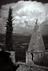 vilage de Crestet avant l'orage... Reynald ARTAUD (Reynald ARTAUD) Tags: 2019 août occitanie provence drôme crestet village avant orage reynald artaud