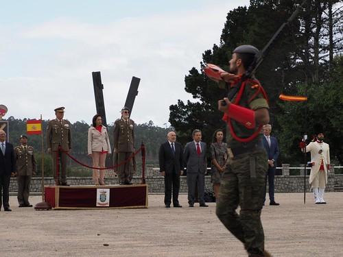 """Componentes de la op.EUTM #Mali XIII reciben en Bri.""""Galicia"""" VII #Pontevedra condecoraciones por su acción y frustrar ataque terrorista en febrero. #SomostuEjército ️ @Defensagob @eutmmali1"""