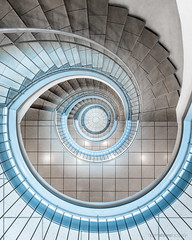 Do the Math (bjoernahrensfotografie) Tags: munich münchen architektur architecture lookup lookdown abstract minimal spiral stairs staircase treppe treppenhaus