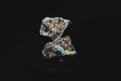 _MG_3624 (waychen_c) Tags: mineral gold au nativegold 礦物 礦石 金 自然金 金礦