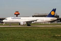 D-AIQK (PlanePixNase) Tags: aircraft airport planespotting haj eddv hannover langenhagen lufthansa airbus 320 a320