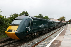 GWR 43122 at Yatton (neiljennings51) Tags: hst yatton station railway train somerset gwr first great western castle set
