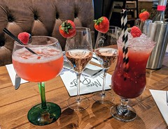 Photo of Cocktails and Fizz at Toni Macaroni, Edinburgh, Sept 2019