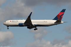 N176DZ (Baz Aviation Photo's) Tags: n176dz boeing 767332er delta airlines heathrow runway 27l dl18 from detroit dtw dal dl egll lhr