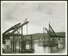 Fort Henry Bridge Construction (Ohio County Public Library) Tags: wheelingwv wheeling forthenrybridge fthenrybridge construction bridgeconstruction ohioriver island