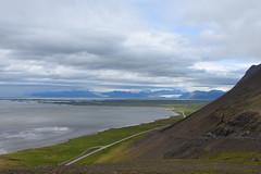 LAGUNA (ADRIANO ART FOR PASSION) Tags: islanda iceland islande panorama landscape paesaggio nikon nikond7200 laguna pendio 22mm 18200 cielo nuvole clouds panoramica