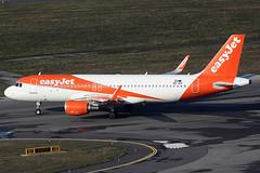 EasyJet Europe Airbus 320-214 OE-ICP (c/n 6605) (Manfred Saitz) Tags: vienna airport schwechat vie loww flughafen wien easyjet europe airbus 320 a320 oeicp oereg