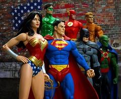 Justice League Classic Iconic (Darth Primus 333) Tags: justiceleague batman wonderwoman superman flash greenlantern aquaman martianmanhunter darthprimus dcdirect dccollectibles