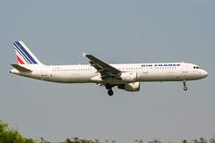 F-GTAM (PlanePixNase) Tags: aircraft airport planespotting paris cdg lfpg charlesdegaulle roissy airbus 321 a321 airfrance