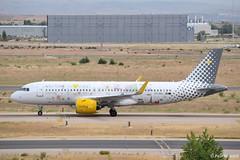 2019-06-24 MAD EC-NAJ (Paul-H100) Tags: 20190624 mad ecnaj airbus a320 neo vueling