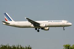 F-GTAK (PlanePixNase) Tags: aircraft airport planespotting paris cdg lfpg charlesdegaulle roissy airbus 321 a321 airfrance