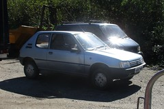 1991 Peugeot 205 XL Automatic (occama) Tags: h267haf 1991 peugeot 205 xl old car french blue cornwall uk bangernomics