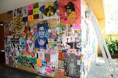 Cola Aqui! stick here! #08 Tour 2016 - Galeria Gravura Brasileira São Paulo/SP Brasil 02.04.16 (colaaqui) Tags: colaaqui stickhere sticker streetart stickerart streetartexpo collab galeria gravura brasileira sãopaulo combo lambelambe pasteup