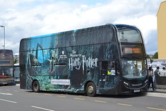 Mullanys HP06BUS (Will Swain) Tags: watford 19th august 2019 bus buses transport transportation travel uk britain vehicle vehicles county country england english mullanys hp06bus enviro seen harry potter warner brothers studio tour leavesden