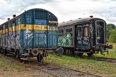 Graffiti train wagons. (wimjee) Tags: nikond7200 nikon d7200 afsdx1680mmf284eedvr decayed urban abandoned decay vervallen verlaten urbex train trein wagon graffiti