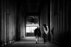 Visitors III, Museum Island Berlin (black.parrot_photo) Tags: berlin museumislandberlin street streetphotography urbanscenery urban streetscene blackandwhite blackwhite bnw people outside cityscene citylife