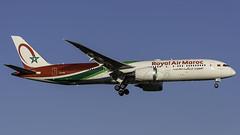 CN-RAM_JFK_Landing_22R_6_3_19 (MAB757200) Tags: royalairmaroc b7879 cnram ram aircraft airplane airlines airport jetliner jfk kjfk dreamliner boeing landing runway22l
