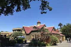 #WinchesterMysteryHouse #SanJose #California (Σταύρος) Tags: hot sunnyday exterior california winchestermysteryhouse sanjose kalifornien californië kalifornia καλιφόρνια カリフォルニア州 캘리포니아 주 cali californie northerncalifornia カリフォルニア 加州 калифорния แคลิฟอร์เนีย norcal كاليفورنيا oldhouse winchester 1884 mansion
