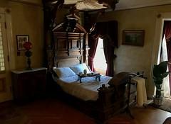 #WinchesterMysteryHouse #SanJose #California (Σταύρος) Tags: winchester oldhouse kingsizebed bedroom california winchestermysteryhouse sanjose kalifornien californië kalifornia καλιφόρνια カリフォルニア州 캘리포니아 주 cali californie northerncalifornia カリフォルニア 加州 калифорния แคลิฟอร์เนีย norcal كاليفورنيا 1884 mansion
