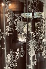#WinchesterMysteryHouse #SanJose #California (Σταύρος) Tags: california sanjose winchestermysteryhouse ghost northerncalifornia cali norcal kalifornia kalifornien californie 加州 カリフォルニア californië カリフォルニア州 주 калифорния كاليفورنيا 캘리포니아 καλιφόρνια แคลิฟอร์เนีย oldhouse winchester 1884 mansion window throughthewindow
