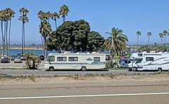 Mission Bay 8-25-19 (2) (Photo Nut 2011) Tags: sandiego california missionbay motorhome rv brave solera winnebago
