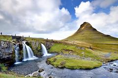 教會山 (Sophie-Lin) Tags: kirkjufell iceland 冰島 教堂山 教會山 瀑布