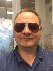 Les must de Cartier (Arne Kuilman) Tags: cartier pimp glasses bril me portrait iphone 007 aviewtoakill 18k goldplated gold goud cartiersantosaviator aviator iphone6