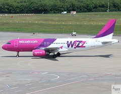 Wizz Air A320-232 HA-LPL taxiing at CGN/EDDK (AviationEagle32) Tags: cologne colognebonn colo colognebonnairport cgn eddk koln kolnbonn kolnbonnairport germany deutschland airport aircraft airplanes apron aviation aeroplanes avp aviationphotography avgeek aviationlovers aviationgeek aeroplane airplane planespotting planes plane flying flickraviation vehicle tarmac wizzair airbus airbus320 a320 a320200 a322 a320232 halpl