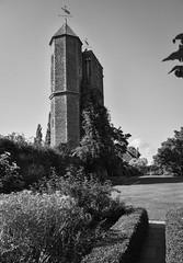 Sissinghurst Castle (Fredrik Klingberg) Tags: monochrome bw bnw castle britain uk nationaltrust bloomsbury vitasackvillewest sissinghurst