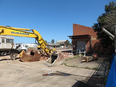 Le Cornu (former Chrysler plant) during demolition (RS 1990) Tags: forestville adelaide australia australian southaustralia lecornu former chrysler building demolition thursday 12th september 2019