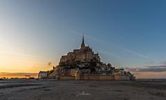 Mont Saint-Michel (juanmerkader) Tags: europe idyllic montsaintmichel travel atardecer castillo castle dream dreaming france francia nikon outdoor sunset montesaintmichel illeyvilaine