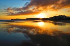 En el amanecer se mezclan el sol y las nubes en Hendaia (eitb.eus) Tags: eitbcom 16599 g1 tiemponaturaleza tiempon2019 amanecer iparralde hendaye josemariavega