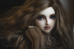 Doesn't have to be Louis V up on Bond Street (Sugar Lokifer) Tags: girl ball bjd natalie oasisdoll lab doll hybrid sq jointed sqlab