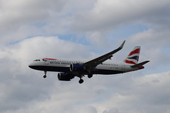 British Airways G-TTNA LHR 05/08/19 (ethana23) Tags: planes planespotting aviation avgeek aeroplane aircraft airplane airbus a320 a320neo britishairways ba speedbird