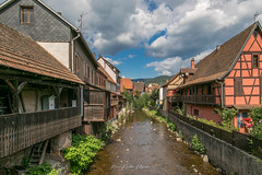 2019 Kaysersberg (AMSDekker) Tags: france alsace hautrhin kaysersbergvignoble vosges village coloredhouses sky clouds water blue
