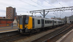 UK class 350 (onewayticket) Tags: electric railway trains transport emu tpe first firstgroup transpennineexpress firsttranspennineexpress desiro