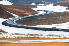 S-shaped curve (archkoven13) Tags: iceland road snow car art landscape 風景 冰島