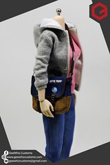 Max Caulfield 1:6 Scale Outfit and Bag (Bleau Aquino) Tags: onesixthtailoring gaming max caulfield life is strange geewhiz customs