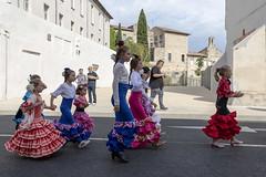 Défiler; un art de vivre... (Xtian du Gard) Tags: xtiandugard défilé elrocio nîmes streetview portrait france jeunesse folklore