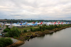 At MAX Capacity (Fraser Murdoch) Tags: boeing 737 max airliner aircraft plane grounded car park east marginal way s south road b37m b38m b39m b3xm 7m8 7m9 7m7 7mx seattle factory field bfi kbfi canon eos 650d fraser murdoch photography tui icelandair ram air canada flydubai united airlines american aa ua ual aal bridge river washington state wa
